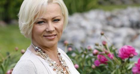 –Hän oli loistava näyttelijä ja ammattilainen, Helena Ahti-Hallberg sanoo Kristiina Elstelästä.