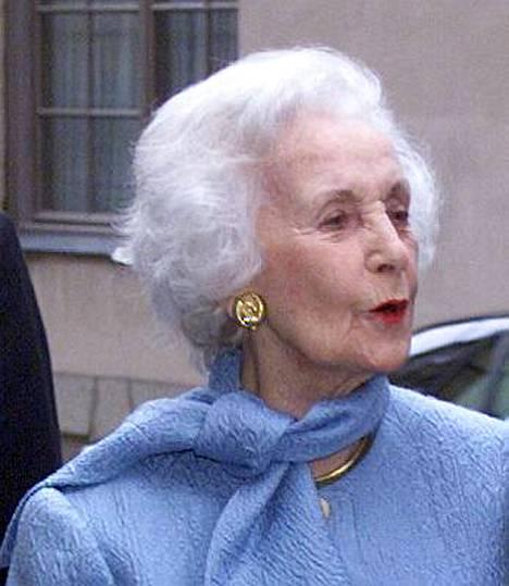 Prinsessa Lilian joutui viettämään yön sairaalassa ruokamyrkytyksen takia.