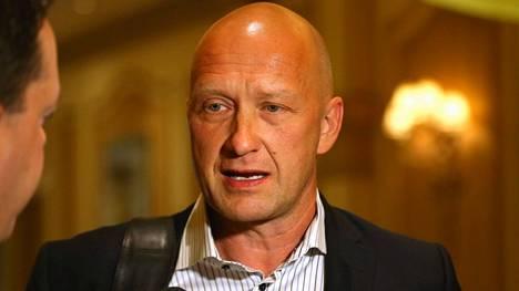 GM Jarmo Kekäläinen kommentoi Columbus Blue Jacketsin apuvalmentajan potkuja tiedotteessa.