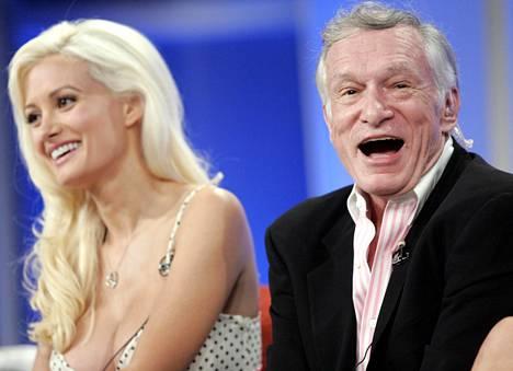 """Holly Madison tähditti Hefnerin kanssa """"The Girls Next Door"""" -tositv-ohjelmaa."""