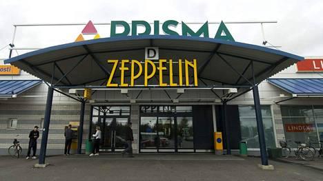Muumimukien jonotuksen yhteydessä närkästyttiin Oulun Zeppelinissä.