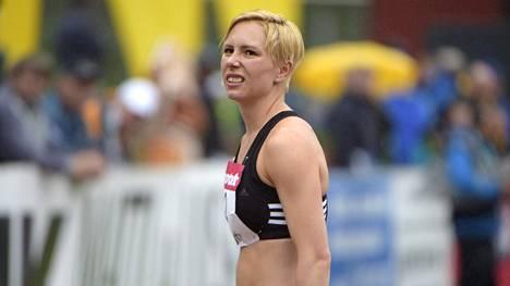 Linda Sandblom hyppäsi uuden SE-tuloksen.