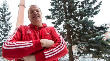 Jarmo Hakasen mukaan suomalaisessa urheilussa tulisi panostaa seuratyöhön.