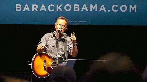 Bruce Springsteen on esiintynyt Barack Obaman kampanjatilaisuuksissa.