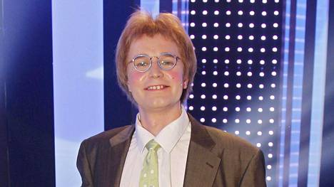 Joonas Nordman esittää Matti Pikkuvanhasta.