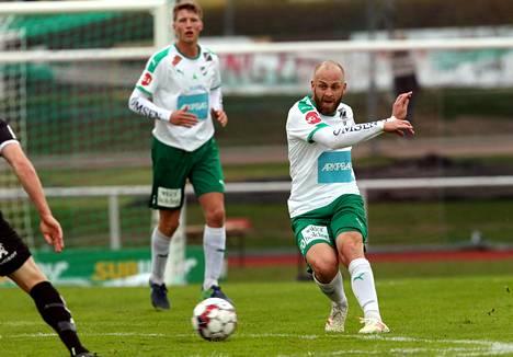 Daniel Sjölundin IFK Mariehamn kohtaa FC Lahden runkosarjan päätöskierroksella.
