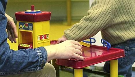 Saksalaiset luottavat lastenhoidossa iän tuomaan kokemukseen.