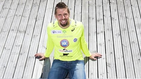 Antti Ruuskanen sai keihään lähtemään mukavaan mittaan.