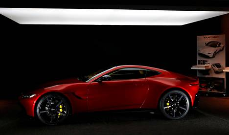 Vuonna 2018 markkinoillamme nähdään neljä Aston Martin -mallia. Kuvassa Vantage.