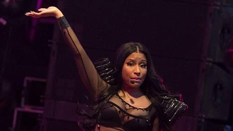Lahdessa Nicki Minaj ei ollut kuin noin puoli tuntia myöhässä.