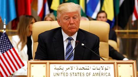Trump puhui Riadissa sunnuntaina 55 muslimimaan johtajille.