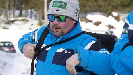 Jarkko Saapunki haluaa yhdistetyn väen pohtivan kriittisesti mäkihyppyongelmia.