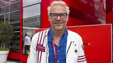 Jacques Villeneuve varikolla Italian GP:ssä 2019.