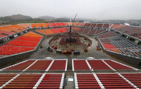 Olympiastadion Avajaiset