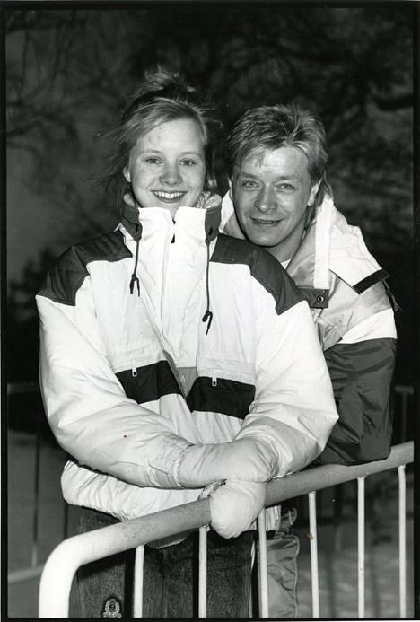 1988: Lapsitähden ura oli lopuillaan. Kokoelma oli ilmestynyt edellisvuonna.