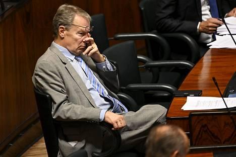 Kansanedustaja Ilkka Kanerva uskoo, että Yhdysvallat pystyy palauttamaan lain ja järjestyksen, mutta vihan ja vastakkainasettelun liennyttäminen on paljon hankalampaa.