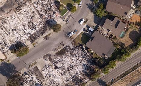 Myös paljon asuinalueita on tuhoutunut maastopaloissa.