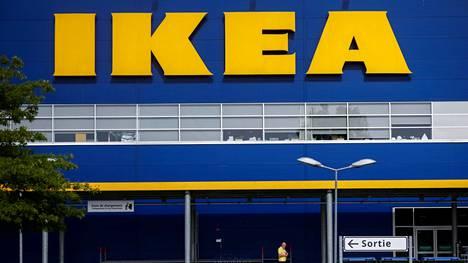 Syyttäjät vaativat Ikealta kahden miljoonan euron sakkoja. Oikeus tuomitsi ruotsalaisen huonekalujätille lopulta miljoonan euron sakkorangaistuksen.
