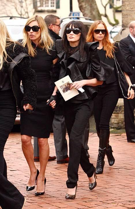 Kate Moss ja Stella McCartney.
