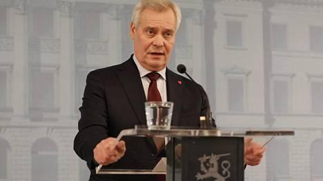 Antti Rinne piti tiedotustilaisuuden jätettyään eronpyyntönsä presidentille.