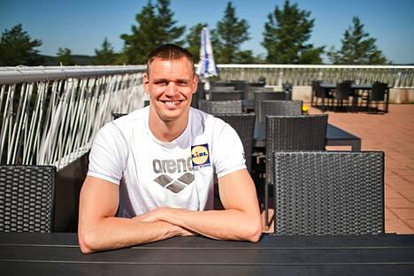 Ari-Pekka Liukkonen on mielimatkallaan 50 metrin vapaauinnissa maailmantilaston seitsemäs.