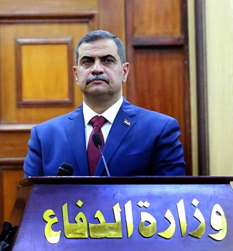 Al-Shammari ja hänen perheensä ovat yhä kirjoilla Tukholmassa, vaikka mies toimii nykyään Irakissa ministerinä.