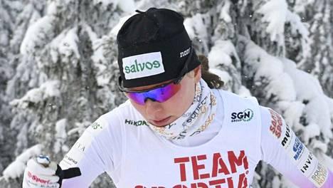 Johanna Matintalo sprintin alkuerissä sunnuntaina.