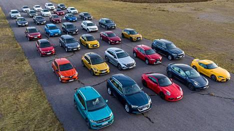 Auto- ja liikennetoimittajat ry:n jäsenet äänestivät finaaliin päässeet automallit 35 osallistujasta.