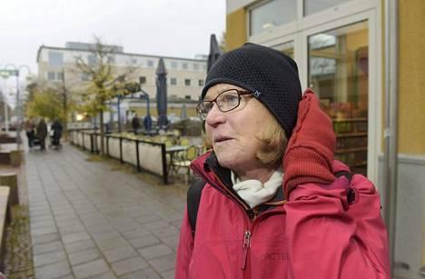 Solbritt Eklundin mielestä Suomessa tulisi keskustella ennemmin sotilasliitto Natosta kuin Ahvenanmaan sotilaspolitiikasta.