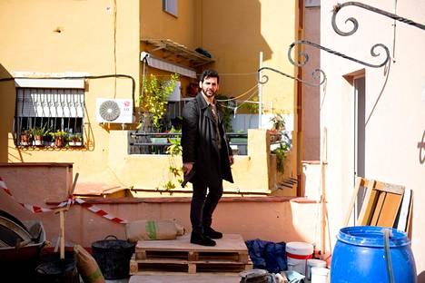 Fran Perea näyttelee nyt toista pääosaa kahdeksanosaisessa suomalais-espanjalaisessa Paradise-sarjassa.