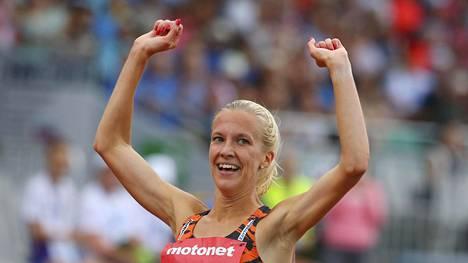 Camilla Richardsson karkasi kepeästi estemestaruuteen – Sandra Eriksson joutui pettymään