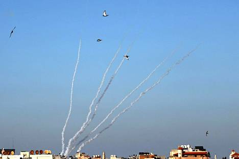 Hamas on ampunut jopa sata rakettia muutamassa minuutissa konfliktin tuoreimman leimahduksen aikana.