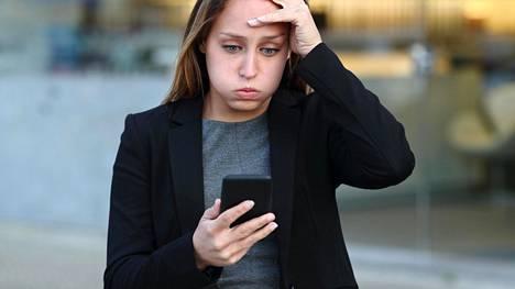 Suuri osa nettisivuista alkaa tökkiä tai lakkaa toiminasta kokonaan vanhoilla Android-puhelimilla lähikuukausina.
