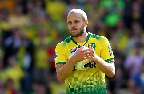Teemu Pukki viimeisteli hattutempun, kun Norwich voitti kotonaan Newcastlen.