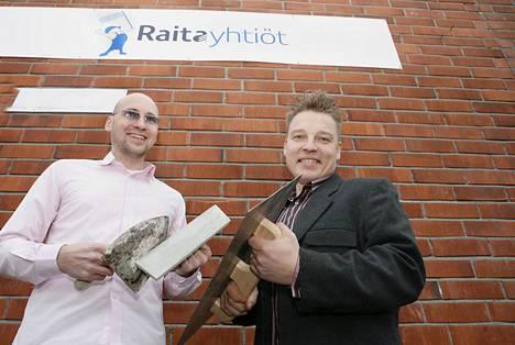 Raita-Yhtiöiden yrittäjät Risto Kivi ja Markku Kalevo uskovat, että talojen julkisivuremontit lisääntyvät voimakkaasti tulevina vuosina.