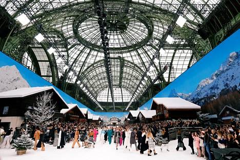 Grand Palais muuttui talviseksi kyläksi.