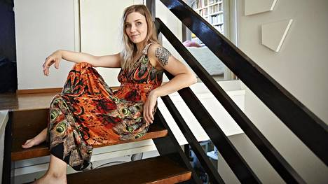 """""""Kodin fiilis tulee lopulta ihmisistä ja siitä, että siellä pystyy rentoutumaan"""", Laura Gustafsson sanoo."""