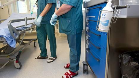 Sairaanhoitajat herättävät luottamusta etenkin miehissä.