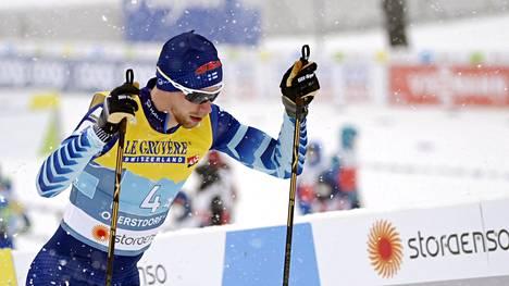 Joni Mäki hiihti Suomen ankkuriosuuden.