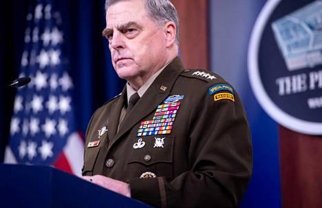 Kenraali Mark Milleyn kerrotaan varmistaneen Capitolin tapahtumien jälkeen, ettei Trump voisi esimerkiksi laukaista ydinasetta niin, ettei Milley saisi siitä ennakkovaroitusta.
