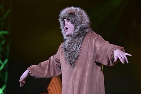 Kaskinen sai tuomareilta kiitosta kisan aikana heittäytymisestään. Elokuvamusiikkiin keskittyneessä jaksossa hän hyppelehti lavalla leijonapuvussa ja esitti Leijonakuningas-piirretystä tutun kappaleen Circle of Lifen.