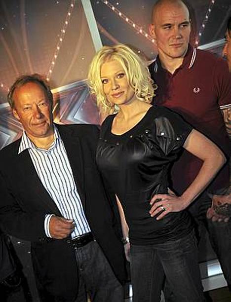 X Factorin tuomarit päästivät ensimmäisessä ohjelmassa vain kaksi esitystä jatkoon.