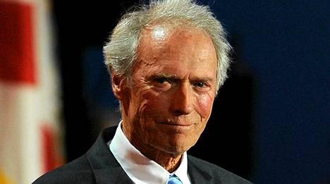 Clint Eastwood on kampanjoinut Mitt Romneyn puolesta.