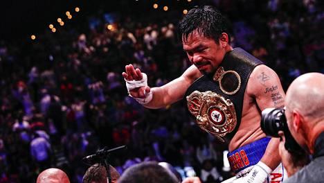 Vuodesta 1995 lähtien ammattilaisena otellut Manny Pacquiao pääsi taas juhlimaan maailmanmestaruutta.