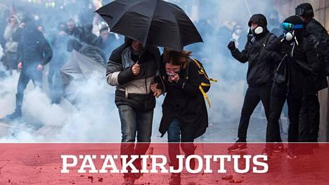 Keltaliiviliike järjesti eläkereformia vastustavan mielenosoituksen Nantesissa viime lauantaina. Lakot hallituksen ajamaa uudistusta vastaan alkoivat 5. joulukuuta.