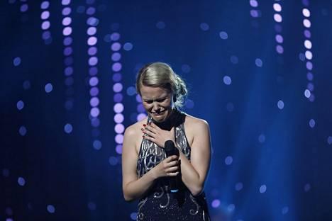 Saana Sassali purskahti itkuun esitettyään tangofinaalia varten sävelletyn kappaleen Kel onni on.