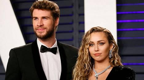 Miley Cyrus otti erotatuoinnin.