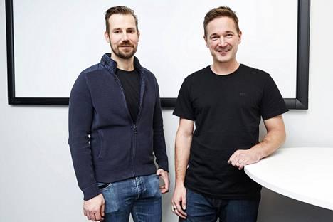 Mikko Kodisoja ja Ilkka Paananen kuvattuna tiistaina Supercellin tiloissa.