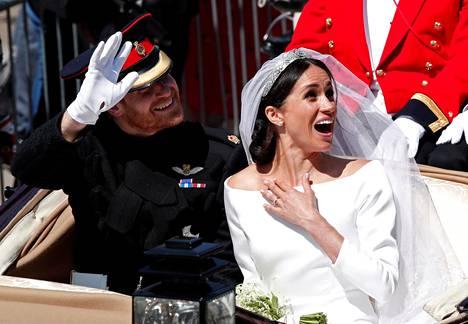 Herttuattaren onnenkiljahdukselle ei ole tähän päivään mennessä löytynyt selitystä, mutta kuva jäänee historiaan.