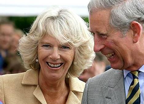 Prinssi Charles on innostunut tanssiohjelmasta.